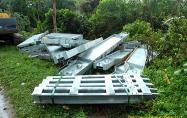 Material Jembatan Bailey yang telah tiba di desa Mayang